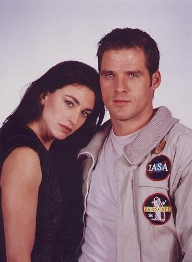 John Crichton and Aeryn Sun